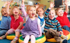 Глава Смоленска потребовал навести порядок с очередями в детские сады