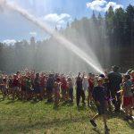Смоленским ребятам устроили пожарный душ