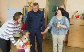 Главный смоленский следователь навестил воспитанников Ново-Никольского детского дома