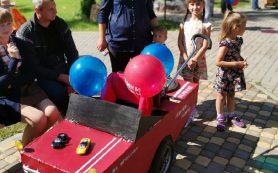 В Смоленском райцентре впервые состоялся парад колясок