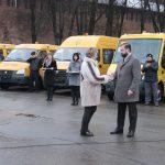 Школы Смоленской области получили новые автобусы