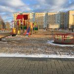В поселке Смоленской области появилась благоустроенная детская площадка