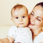 Рвота у ребенка: причины в зависимости от возраста