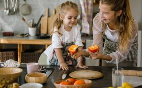 Когда можно давать ребенку хурму: мнение диетолога