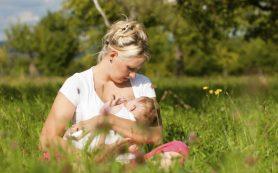 Можно ли загорать кормящим мамам?